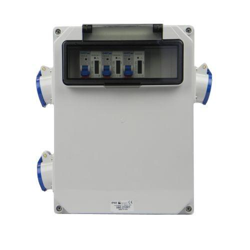Aansluitkast Zijkant 3 wcd CEE  16A/ 3x kWh meter gemonteerd IP44